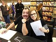 """Foto do autor. Paris (Île-de-France, France) - Patrick Sobral et Nadou à la Fnac des Ternes. By Nadouchan - Self-photographed, CC BY-SA 3.0, <a href=""""https://commons.wikimedia.org/w/index.php?curid=23242870"""" rel=""""nofollow"""" target=""""_top"""">https://commons.wikimedia.org/w/index.php?curid=23242870</a>"""