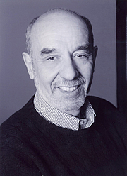 "Fotografia de autor. <a href=""http://www.forumonlawcultureandsociety.org/biography/avery-corman"" rel=""nofollow"" target=""_top"">http://www.forumonlawcultureandsociety.org/biography/avery-corman</a>"