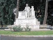 "Foto do autor. Monument to Belli, Rome. Photo by Flickr user <a href=""http://www.flickr.com/photos/mac9/"">mac_xill</a>."