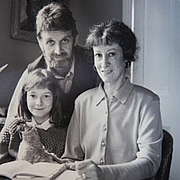 Forfatter foto. With husband Allan and daughter Jessica (1989)