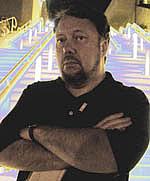 Författarporträtt. Self portrait for promotional purposes taken at San Diego ComiCon 2008.