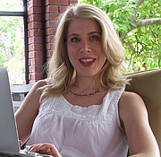 """Author photo. By Gregg Liberi - Own work, CC BY-SA 4.0, <a href=""""https://commons.wikimedia.org/w/index.php?curid=50058221"""" rel=""""nofollow"""" target=""""_top"""">https://commons.wikimedia.org/w/index.php?curid=50058221</a>"""