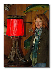 "Författarporträtt. Uncredited photo at <a href=""http://www.jenniferangus.com/Bio/N-bio1.htm"" rel=""nofollow"" target=""_top"">author's website</a>"