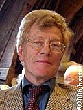 Kirjailijan kuva. Roger Scruton (1944-)