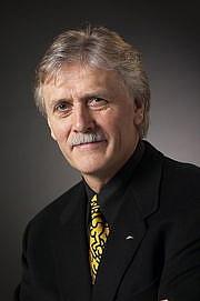 Foto do autor. from Wikipedia