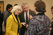 """Foto del autor. Alice von Hildebrand (left), at a Conference honoring her Husband, Oct. 2007.  Courtesy of <a href=""""http://www.franciscan.edu/"""">  Franciscan University of Steubenville</a>."""