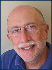 "Författarporträtt. Unattributed photo at author's website, <a href=""http://www.rabbikushner.org"" rel=""nofollow"" target=""_top"">www.rabbikushner.org</a>"