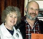 Foto de l'autor. Photo of Lionel and Patricia Fanthorpe courtesy of Debbie Cross ©