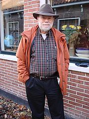 Författarporträtt. Publicity photo from author website