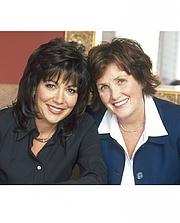 Fotografia dell'autore. Dee Brestin (R) with Kathy Troccoli (L)