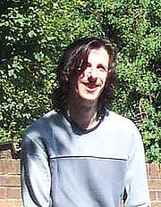 Kirjailijan kuva. taleswapper