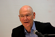 """Forfatter foto. Gert Heidenreich at Leipzig Book Fair 2016 By Heike Huslage-Koch - Own work, CC BY-SA 4.0, <a href=""""https://commons.wikimedia.org/w/index.php?curid=47685358"""" rel=""""nofollow"""" target=""""_top"""">https://commons.wikimedia.org/w/index.php?curid=47685358</a>"""
