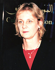 """Forfatter foto. Dr. Susan Stronge, Senior Curator, Asian Department, Victoria and Albert Museum (Uncredited photograph copied from the web site of the Sikh Art & Film Foundation <a href=""""http://www.sikharts.com/gala2008_award_stronge.html"""" rel=""""nofollow"""" target=""""_top"""">here</a>)"""