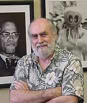Kirjailijan kuva. Wounded Knee The Museum