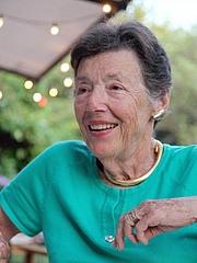 Forfatter foto. Nora Cammann (1932–2014)