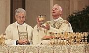 Foto del autor. Cardinal Wuerl (right) celebrating Mass. Photo by user CFM865 / Wikipedia