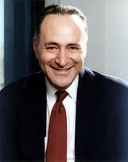 Forfatter foto. Wikimedia Commons (Official Senate Portrait)