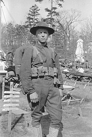 Foto do autor. Glenn D. Toole waiting for deployment to France at Ft. Dix New Jersey during WWII.