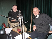 Autoren-Bild. Rob Grant and Doug Naylor recording DVD commentaries