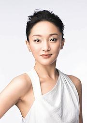 Kirjailijan kuva. Xun Zhou (4)