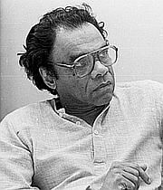 "Forfatter foto. <a href=""http://en.wikipedia.org/wiki/A._K._Ramanujan"" rel=""nofollow"" target=""_top"">Wikipedia</a>"