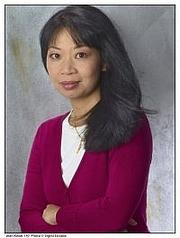 Author photo. Jean Kwok, photo by Sigrid Estrada.