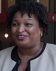 Författarporträtt. Stacey Abrams in May 2018 / Photo from YouTube video by The Circus