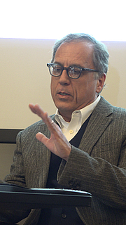 """Author photo. By Alex Lozupone - Own work, CC BY-SA 4.0, <a href=""""https://commons.wikimedia.org/w/index.php?curid=39579474"""" rel=""""nofollow"""" target=""""_top"""">https://commons.wikimedia.org/w/index.php?curid=39579474</a>"""