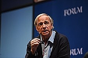 Författarporträtt. 7 November 2018; Ray Dalio, Founder, Co-Chief Investment Officer & Co-Chairman, Bridgewater Associates on the Forum Stage during day two of Web Summit 2018 at the Altice Arena in Lisbon, Portugal. Photo by Harry Murphy/Web Summit via Sportsfile