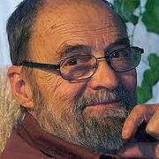 Författarporträtt. via babelio.com