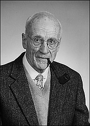 """Forfatter foto. Barrington Moore, sociologist By Source, Fair use, <a href=""""https://en.wikipedia.org/w/index.php?curid=25788974"""" rel=""""nofollow"""" target=""""_top"""">https://en.wikipedia.org/w/index.php?curid=25788974</a>"""