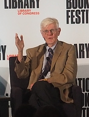 "Foto do autor. reading at the National Book Festival, Washington, D.C. By slowking4 - Own work, GFDL 1.2, <a href=""https://commons.wikimedia.org/w/index.php?curid=72267165"" rel=""nofollow"" target=""_top"">https://commons.wikimedia.org/w/index.php?curid=72267165</a>"