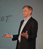 Foto de l'autor. Dr. John Kotter of Harvard Business School by Keiradog