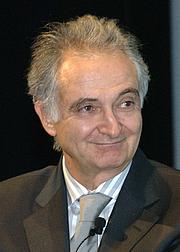 Foto do autor. Jacques Attali [credit: Jaqen (Niccolò Caranti); copied from Wikipedia]