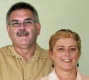 "Foto de l'autor. Geoff and Janet Benge. <a href=""http://itsyourlifebethere.com/ascent2010/presenters.html"" rel=""nofollow"" target=""_top""><i>Ascent</i></a>."