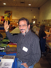 Forfatter foto. Comic book writer Roger Stern at Ithacon 35, Part II, a semi-annual comic book conventions put on by the Comic Book Club of Ithaca (CBCI) in Ithaca, NY, 2010 [credit: Alexander Fuld Frazier]