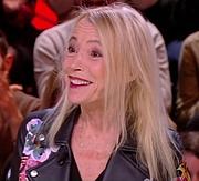 """Fotografia de autor. Laure Adler le 13 décembre 2018 dans une émission TV française """"People"""""""