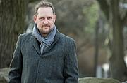 Kirjailijan kuva. Peter Swanson