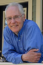 """Kirjailijan kuva. David Chura. Photo from the Author's site <a href=""""http://davidchura.gather.com"""" rel=""""nofollow"""" target=""""_top""""><i>Gather</i></a>."""