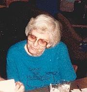 Kirjailijan kuva. Lee Hoffman, 1988.