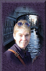 Kirjailijan kuva. Steph Su Reads
