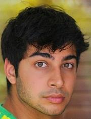 Kirjailijan kuva. amazon profile picture