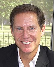 Forfatter foto. Credit: Larry D. Moore, Texas Book Festival, Austin, TX, Nov. 1, 2008