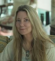 Author photo. Author Claire Fullerton