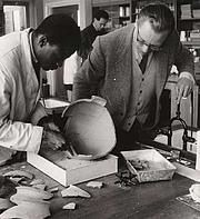 Kirjailijan kuva. Henry Hodges (right) with a student.