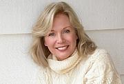 Kirjailijan kuva. Kathryn Leigh Scott