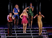 Foto de l'autor. The Spice Girls, Air Canada Center, Toronto, 2008.  Photo by Eric Mutrie / Flickr.