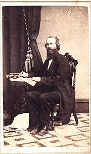 Foto do autor. Russell Thacher Trall's – autographed 1860s Carte de Visite – the original is in The Ernest Bell Library.