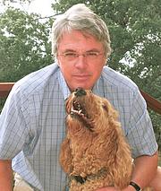 """Författarporträtt. <a href=""""http://www.scgwynne.com/"""" rel=""""nofollow"""" target=""""_top"""">www.scgwynne.com/</a>"""