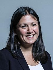 Fotografia de autor. UK Parliament official portrait of Lisa Nandy, 2017.